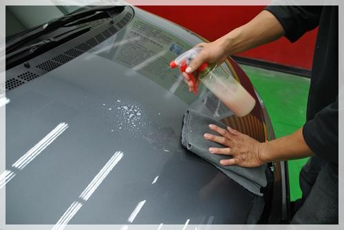 BODY GLOSS車身亮澤修飾液使用方式