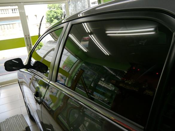 Q-GLYM日本進口超級玻璃鍍膜的施工成果車輛