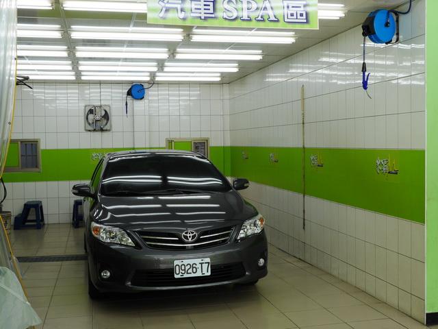 米羅汽車美容用品公司-室內無塵洗車場地
