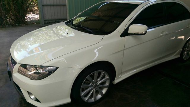 ALL IN ONE結晶鍍膜的洗車照-全車光澤佳