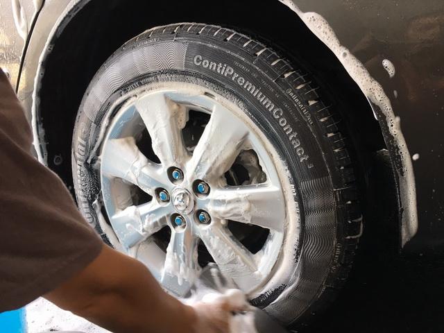 新SHAMPER天然中性洗車精-刷洗輪胎鋼圈