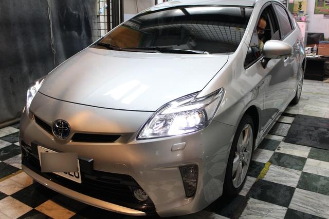 日本類玻璃素鍍膜讓車輛很好洗車